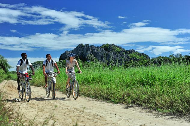 Iharana_BushCamp_le vélo autour des Tsingy_Madagascar